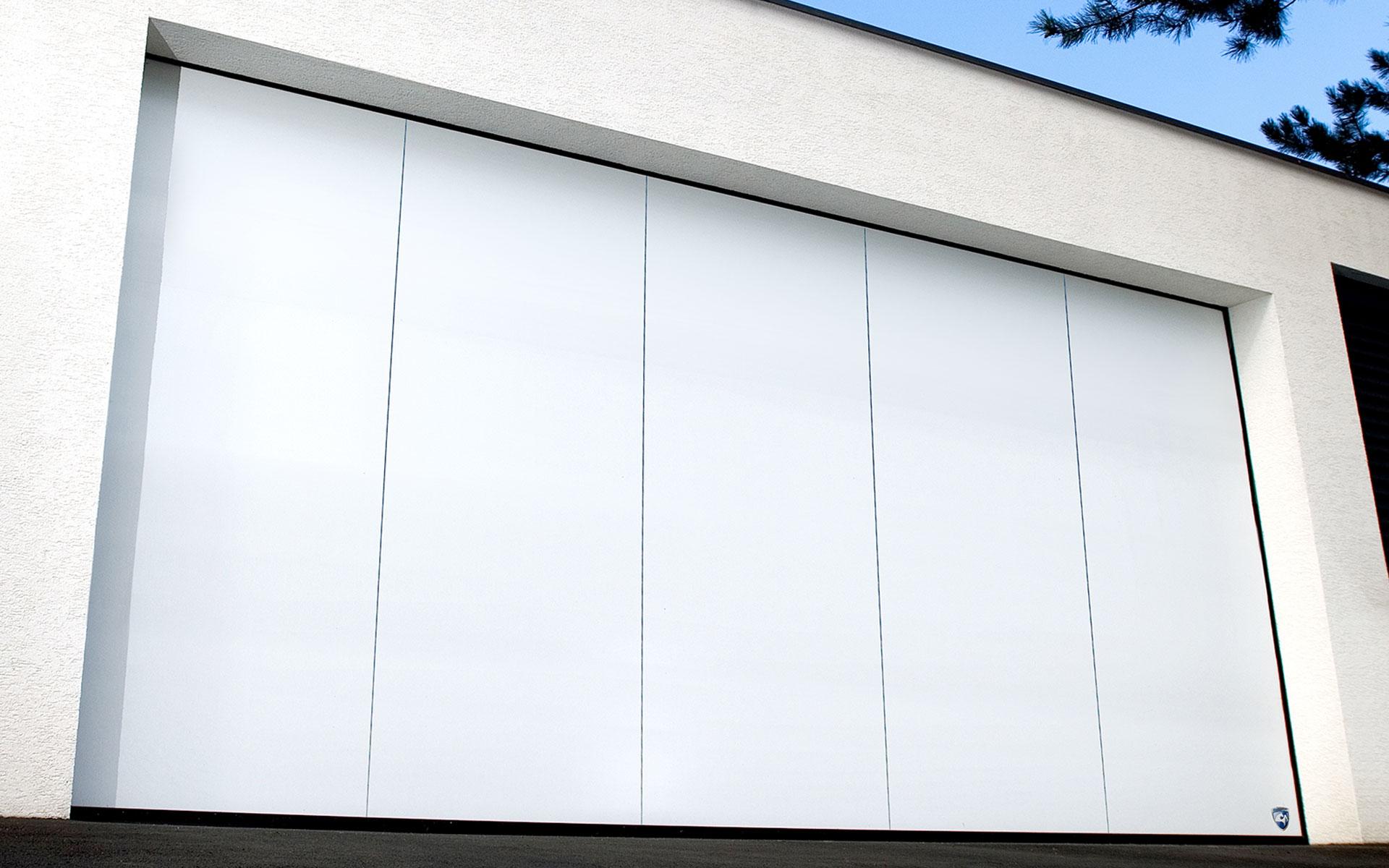 Guttomat – Die Tormanufaktur – Einzigartige Sektionaltore Made in Austria - Titelbild - Das Seitensektionaltor Avalon